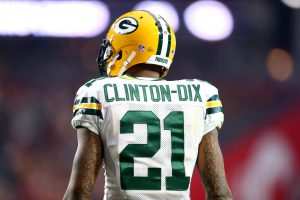 Dec 27, 2015; Glendale, AZ, USA; Green Bay Packers safety Ha Ha Clinton-Dix (21) against the Arizona Cardinals at University of Phoenix Stadium. The Cardinals defeated the Packers 38-8. Mandatory Credit: Mark J. Rebilas-USA TODAY Sports