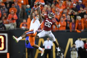 Jan 9, 2017; Tampa, FL, USA; Clemson Tigers wide receiver Mike Williams (7) makes a catch ahead of Alabama Crimson Tide defensive back Marlon Humphrey (26) during the fourth quarter in the 2017 College Football Playoff National Championship Game at Raymond James Stadium. Mandatory Credit: John David Mercer-USA TODAY Sports